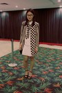 White-dress-black-stripes-blazer-black-peep-toe-nine-west-heels