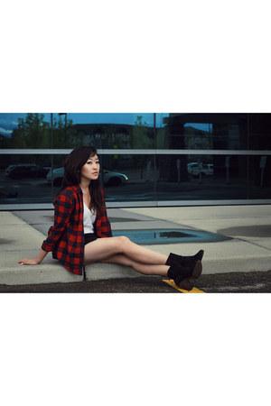 black rag & bone boots - crimson hollister shirt
