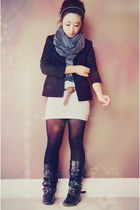 black accessories - gray DIY scarf - black papaya shirt - gray H&M skirt - black