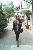 Chanel bag - Zara jacket - Vintage costume boots - Zara t-shirt - Alexander Mac