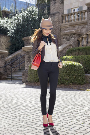 Marc by Marc Jacobs blouse - vince jeans - tory burch jacket - Chanel bag