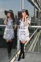 trench Burberry coat - boots Christian Louboutin shoes - Eric Javits hat