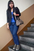 black blazer - platform shoes shoes - blue skinny jeans - bag