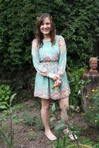 aquamarine modcloth dress - peach Forever New flats