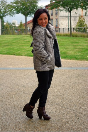 brown VANESSA BRUNO shoes - black Zara pants - silver Only coat