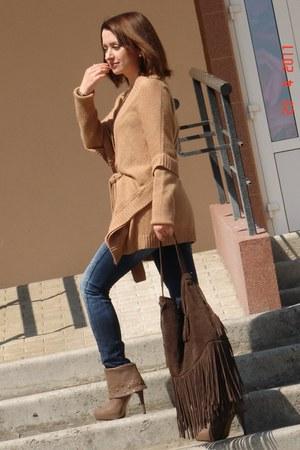 blue Bershka jeans - dark brown reserved bag - tawny asos cardigan - light brown