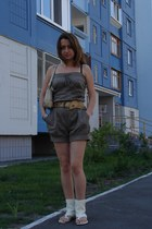 beige bag - heather gray romper - cream Mascotte flats - bronze belt