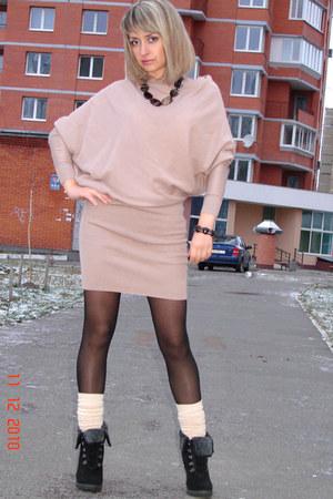 asos dress - black asos shoes - beige gypsy socks - no name necklace