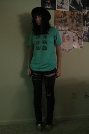 thrifted t-shirt - DIY pants - thrifted shoes - Urban Outfitters hat