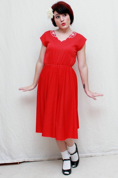 red vintage dress - black Mossimo heels