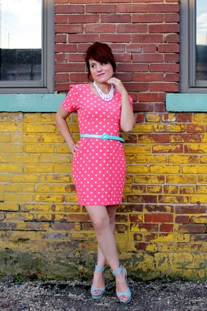 bubble gum vintage dress - sky blue Bakers wedges