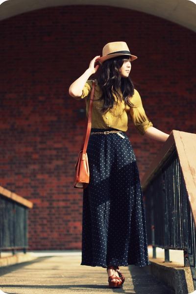 navy silk maxi skirt vintage skirt - tan fedora Forever21 hat