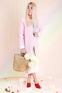 Light-pink-front-row-shop-coat-white-neoprene-otherstories-top