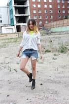 H&M Trend shirt - Levis shorts