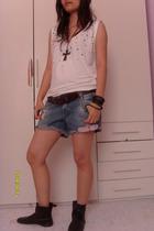 Levis belt - Zara shorts - H&M top - H&M hat