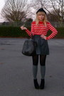 Red-forever-21-sweater-gray-h-m-skirt-brown-vintage-purse-black-h-m-hat