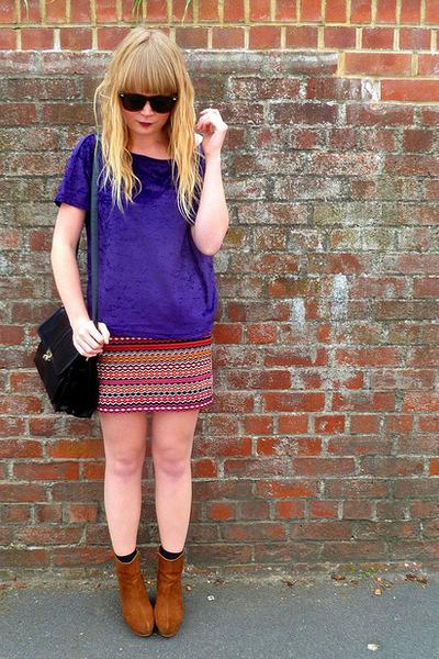 purple velvet next top - black vintage Jane Shilton bag