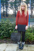 red Cotton fields vintage sweater - black Dahlia jacket - dark brown vintage bag