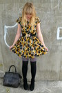 Yellow-dahlia-dress-heather-gray-asos-tights-black-socks-brown-vintage-bag