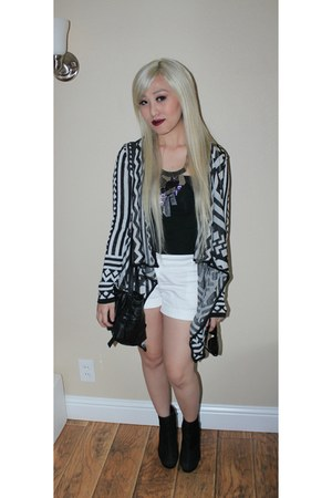 tribal cardigan - black messenger Forever 21 bag - white Forever 21 shorts
