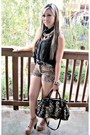 Boots-lace-button-up-forever21-shirt-dreon-bag-forever21-shorts