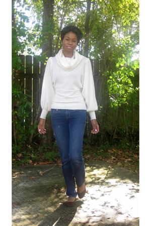 Victorias Secret sweater - Wet Seal Seal jeans
