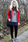 Red-vintage-jacket-gray-urban-outfitters-t-shirt