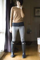 camel merino Uniqlo sweater - Hunter boots - grane jeans - Dull Roar hat