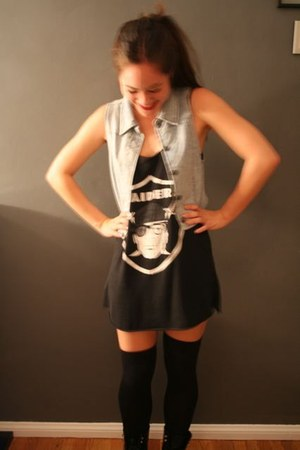 UNIF shirt - Urban Outfitters vest - thigh highs