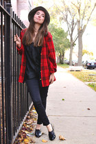 brick red Cathy Daniels cardigan - black LOVE STORY shoes - black angels jeans