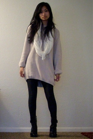 The Carriage Shop sweater - American Apparel leggings - Guess boots - H&M scarf