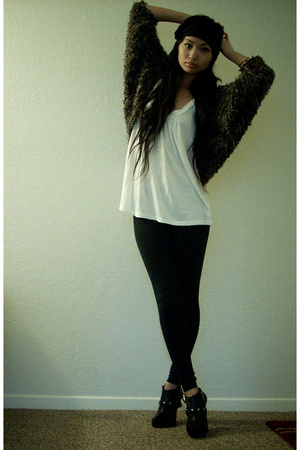 My Mommy jacket - f21 tights - Colin Stewart shoes - Old Navy shirt - f21 access
