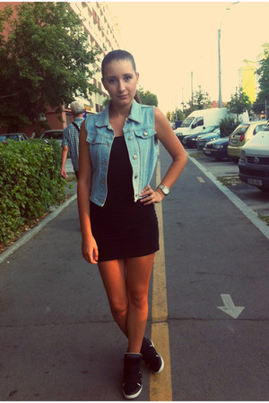 sky blue jacket - black shirt - black sneakers - black skirt - silver watch