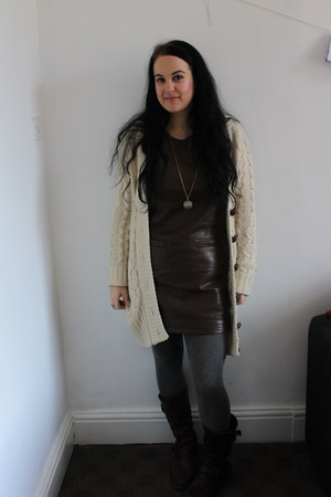 dark brown Dr Martens boots - dark brown leather look next dress - heather gray