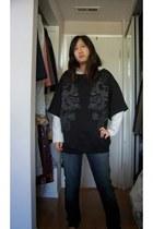 blue skinny Forever 21 jeans - black Zara shirt