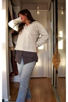 unknown jeans - long unknown blouse - v-neck High Sierra hoodie