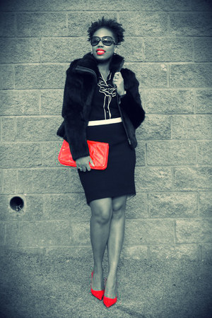 Zara skirt - Guess shoes - vintage jacket - Forever 21 purse