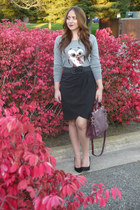 maroon Forever 21 bag - black pointy toe JustFab pumps - black Rickis skirt