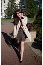 Trench-coat-suzy-shier-coat-boucle-suzy-shier-skirt-justfab-pumps