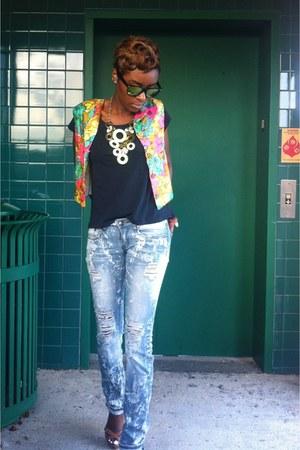 vintage vest - zeroUV sunglasses - H&M t-shirt