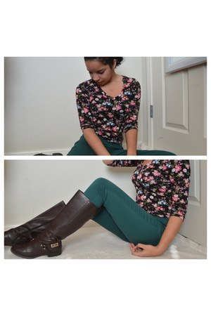 black Forever 21 top - dark brown Tommy Hilfiger boots