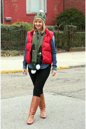 Steve Madden boots - Gap jeans - H&M shirt - LL Bean vest