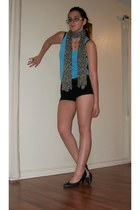 flower scarf - black shorts - sky blue American Eagle top - gold heart necklace