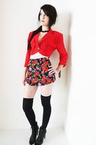 red vintage jacket - black vintage shorts - black vintage necklace - black small