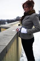 gray vintage blazer - black vintage pants - white H&M shirt - blue vintage scarf