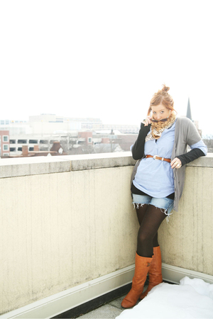 brown Marshalls tights - blue Marshalls shirt - brown vintage belt - black Expre