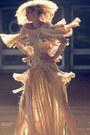 Eggshell-dress