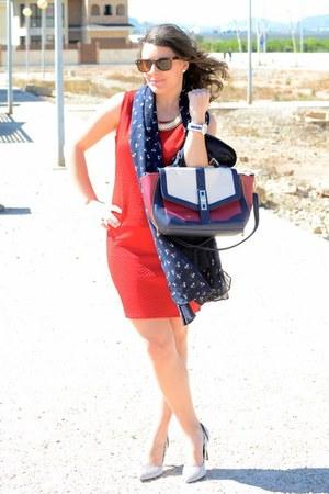 ruby red suiteblanco bag - white Primark heels