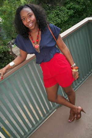 bronze thrifted bag - red thrifted vintage shorts - carrot orange vintage neckla