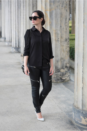 black Zara leggings